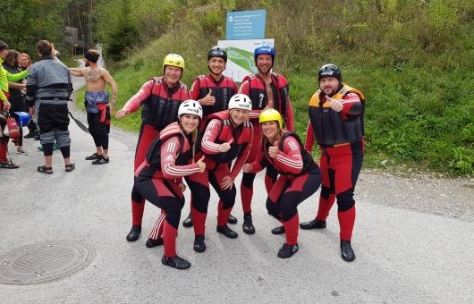 Accenon Team beim Rafting in Area 47